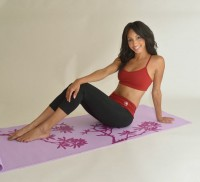 Sundried Tomato Activewear Pose on Mat 2
